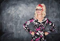 Αναδρομικός δάσκαλος στο χαμόγελο γυαλιών Στοκ φωτογραφίες με δικαίωμα ελεύθερης χρήσης