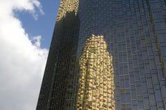 Αναδρομικός ουρανοξύστης στο Τορόντο Στοκ φωτογραφία με δικαίωμα ελεύθερης χρήσης
