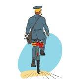 Αναδρομικός ταχυδρόμος στους γύρους ποδηλάτων με την αποστολή του δώρου Στοκ φωτογραφία με δικαίωμα ελεύθερης χρήσης