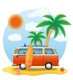 Αναδρομικός minivan με μια ιστιοσανίδα στη διανυσματική απεικόνιση παραλιών απεικόνιση αποθεμάτων