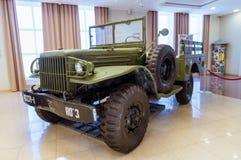 Αναδρομικό αγώνα τεθωρακισμένων οχημάτων μουσείο ιστορίας εκθεμάτων στρατιωτικό, Ekaterinburg, Ρωσία, 05 03 έτος του 2016 Στοκ Εικόνες