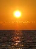 αναδρομικό ηλιοβασίλεμ&a Στοκ φωτογραφία με δικαίωμα ελεύθερης χρήσης
