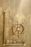 Αναδρομικό πηδάλιο χρυσό Στοκ Φωτογραφίες