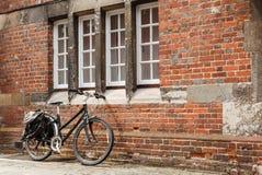 Αναδρομικό ποδήλατο Στοκ Φωτογραφία