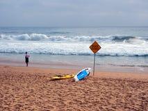 Ανδρική παραλία που κλείνουν για τη βαριά κυματωγή, Αυστραλία Στοκ Εικόνες