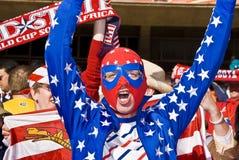 Ανεμιστήρας ΑΜΕΡΙΚΑΝΙΚΟΥ ποδοσφαίρου στη μάσκα Luchador - WC 2010 της FIFA Στοκ Φωτογραφίες