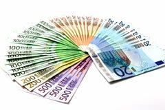 Ανεμιστήρας χρημάτων από τους διάφορους ευρο- λογαριασμούς 500 200 100 50 20 Στοκ Εικόνα