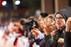 Ανεμιστήρες της Meryl Streep στο κόκκινο χαλί στοκ φωτογραφία με δικαίωμα ελεύθερης χρήσης
