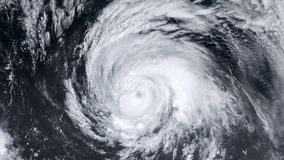 Ανεμοστρόβιλος θύελλας τυφώνα πέρα από τη γη από τη διαστημική, δορυφορική άποψη απεικόνιση αποθεμάτων