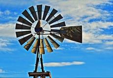 Ανεμόμυλος - μπροστινή άποψη Lusk Ουαϊόμινγκ στοκ εικόνες