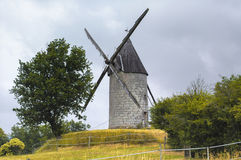 Ανεμόμυλος Aquitaine (Γαλλία) στοκ εικόνες