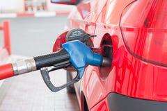 Ανεφοδιασμός σε καύσιμα μηχανών Στοκ Εικόνες