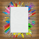 Ανεφοδιασμός σημειωματάριων και σχολείων στοκ εικόνες με δικαίωμα ελεύθερης χρήσης