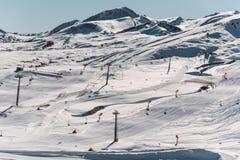Ανελκυστήρες κατά τη διάρκεια της φωτεινής χειμερινής ημέρας Στοκ εικόνες με δικαίωμα ελεύθερης χρήσης