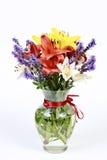 ανθίζοντας vase λουλουδιώ στοκ εικόνα με δικαίωμα ελεύθερης χρήσης