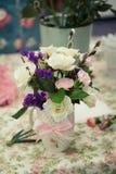 Ανθοδέσμες των ρυθμίσεων λουλουδιών στοκ φωτογραφίες