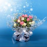Ανθοδέσμη των όμορφων τριαντάφυλλων λουλουδιών Στοκ Εικόνες