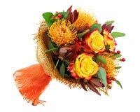 Ανθοδέσμη από τα τριαντάφυλλα και το αραβικό λουλούδι αστεριών (arabicu Ornithogalum Στοκ Εικόνα