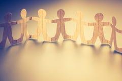 Ανθρώπινη κούκλα αλυσίδων στοκ φωτογραφία με δικαίωμα ελεύθερης χρήσης