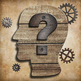 Ανθρώπινο κεφάλι με την έννοια ερωτηματικών Στοκ Εικόνες