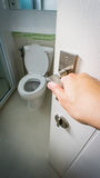 Ανοίξτε την πόρτα της τουαλέτας Στοκ Εικόνες