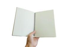 Ανοιγμένο εκμετάλλευση σημειωματάριο χεριών, που απομονώνεται στο άσπρο υπόβαθρο Στοκ Φωτογραφίες