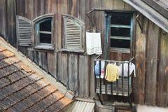 Ανοικτά παράθυρα στο βιετναμέζικο Dalat στοκ φωτογραφίες με δικαίωμα ελεύθερης χρήσης