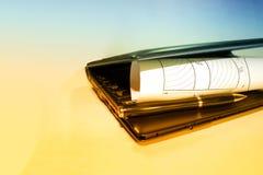 Ανοικτά σχέδια με ένα μολύβι Εφαρμοσμένη μηχανική και σχέδιο Κατασκευαστικά προγράμματα Στοκ Εικόνες