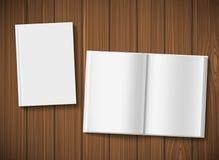 Ανοικτές βιβλίο και κάλυψη Στοκ Εικόνα
