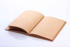 Ανοικτή κενή σελίδα εγγράφου βιβλίων Στοκ Εικόνες