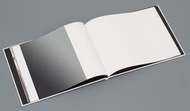 ανοικτή σελίδα s βιβλίων Στοκ φωτογραφία με δικαίωμα ελεύθερης χρήσης