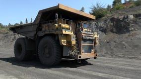 Ανοικτός - χυτό ορυχείο απόθεμα βίντεο