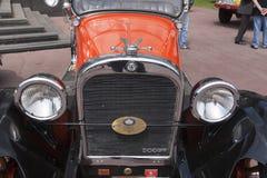 Ανοικτό αυτοκίνητο τεχνάσματος oldtimer Στοκ Εικόνα