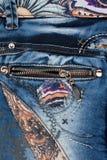 Ανοικτό μπλε τζιν τσεπών με το φερμουάρ στοκ εικόνες