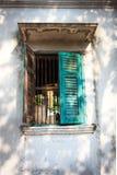 Ανοικτό παλαιό πράσινο παράθυρο Στοκ Εικόνες
