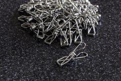 Ανοξείδωτο Clothespins στοκ φωτογραφία