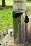 Ανοξείδωτος trashcan στοκ φωτογραφία με δικαίωμα ελεύθερης χρήσης