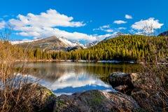 Αντέξτε τη λίμνη Δύσκολο εθνικό πάρκο βουνών σε Coloradok Κολοράντο Στοκ Φωτογραφίες