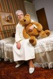 αντέξτε τη γιαγιά teddy Στοκ Φωτογραφίες