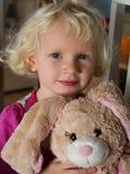 αντέξτε το κορίτσι λίγα teddy Στοκ Φωτογραφία