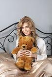 αντέξτε το κορίτσι teddy Στοκ φωτογραφίες με δικαίωμα ελεύθερης χρήσης