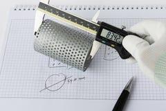 Αντίστροφη εφαρμοσμένη μηχανική για το φίλτρο καυσίμων στοκ εικόνα με δικαίωμα ελεύθερης χρήσης