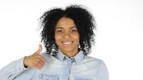 Αντίχειρες επάνω από τη μαύρη γυναίκα στο άσπρο υπόβαθρο Στοκ Φωτογραφία