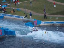 Ανταγωνισμός Kayaking σε 2012 Ολυμπιακούς Αγώνες του Λονδίνου στοκ φωτογραφία με δικαίωμα ελεύθερης χρήσης