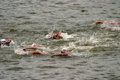 ανταγωνισμός triathlon Στοκ εικόνα με δικαίωμα ελεύθερης χρήσης