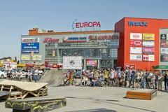 Ανταγωνιστές στο BMX που αναμένει την έναρξη του competit Στοκ Φωτογραφία