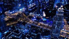 Ανταλλαγή και ουρανοξύστες κυκλοφορίας από το παράθυρο ξενοδοχείων του Ντουμπάι απόθεμα βίντεο
