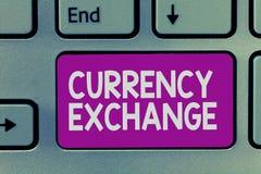 Ανταλλαγή νομίσματος γραψίματος κειμένων γραφής Έννοια που σημαίνει τη διαδικασία ένα νόμισμα σε ένα άλλο Forex στοκ φωτογραφία