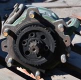 Ανταλλακτικά μιας ρόδας εργαλείων στην υδραυλική αντλία εργαλείων τρακτέρ στοκ φωτογραφίες με δικαίωμα ελεύθερης χρήσης