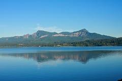 αντανάκλαση βουνών Στοκ Φωτογραφία